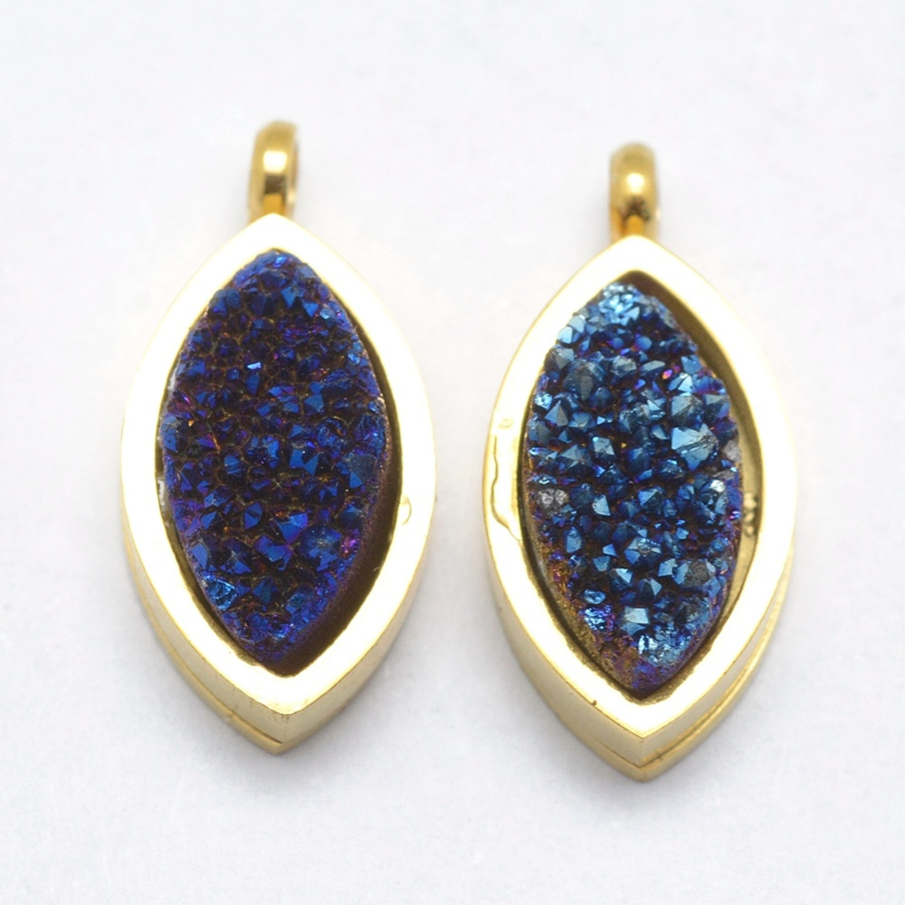 PandaHall_Natural_Druzy_Quartz_Pendants_with_316_Stainless_Steel_Findings_LongLasting_Plated_Horse_Eye_Golden_DarkBlue_16x75x5~6mm