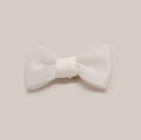 PandaHall_Handmade_Woven_Costume_Accessories_Bowknot_&_Hair_Bows_White_30x15x5mm_Cloth_Bowknot_White