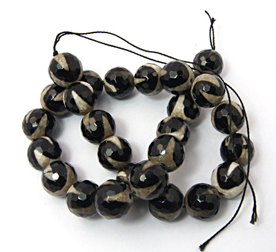 PandaHall Natural Agate Beads Strand, Dyed, Faceted, Round, Black, 10mm, Hol..