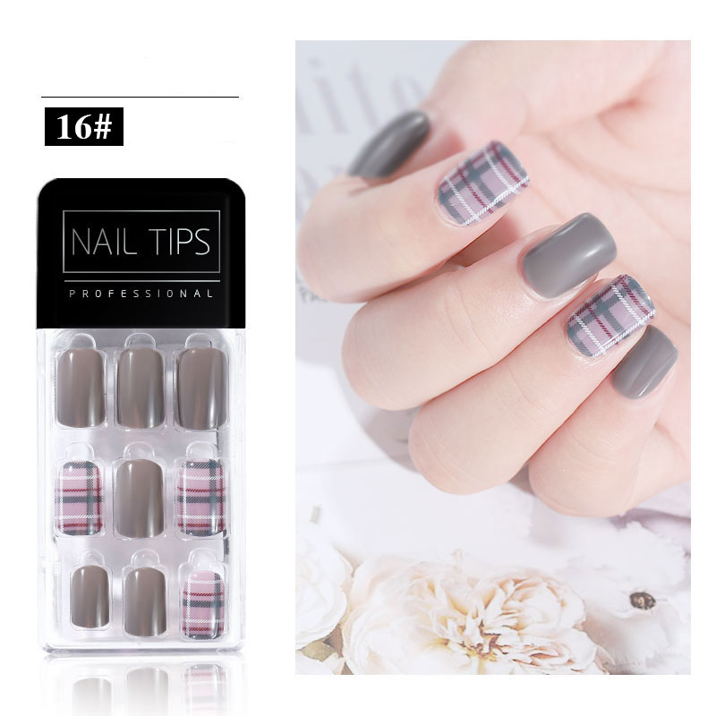 PandaHall_30pc_PVC_False_Nail_Tips_Gray_98x43cm_Plastic_Gray