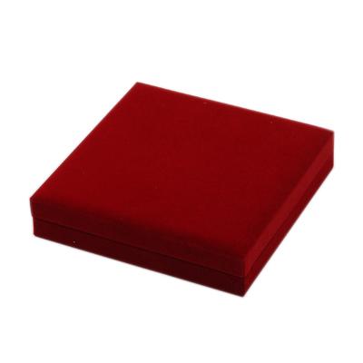 PandaHall_Velvet_Necklace_Boxes_with_Plastic_Rectangle_FireBrick_158x154x33cm_Velvet_Rectangle_Red